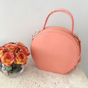 Street Level Bags - 🌸CORAL FAUX LEATHER CIRCLE CROSSBODY BAG